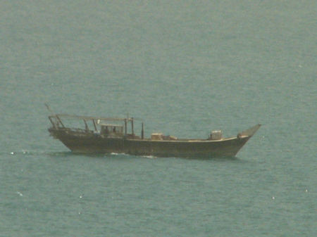 00fishingboat.jpg