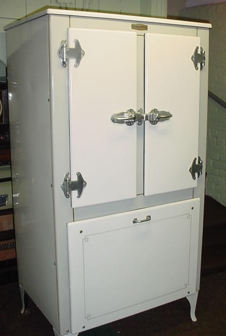 http://www.apartmenttherapy.com/ny/ny-metro-area/monitor-topcom-000661