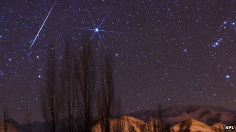 _64737139_c0093674-gemenid_meteor_shower-spl