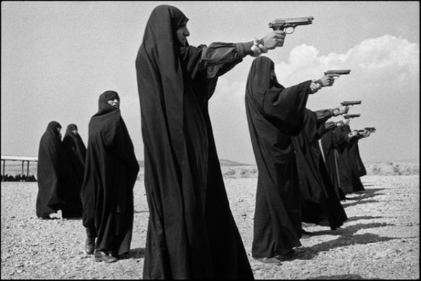tehran-iranc3a2-veiled-women-learn-how-to-shoot-in-the-outskirts-of-the-city-1986