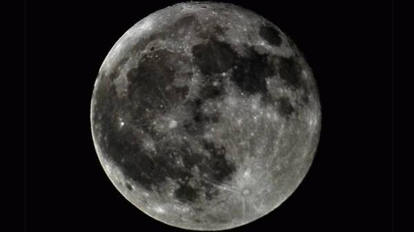full-moon-april_650x366