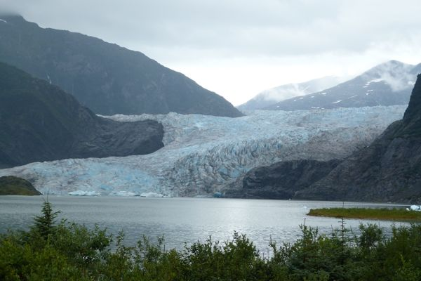 00Glacier and Lake