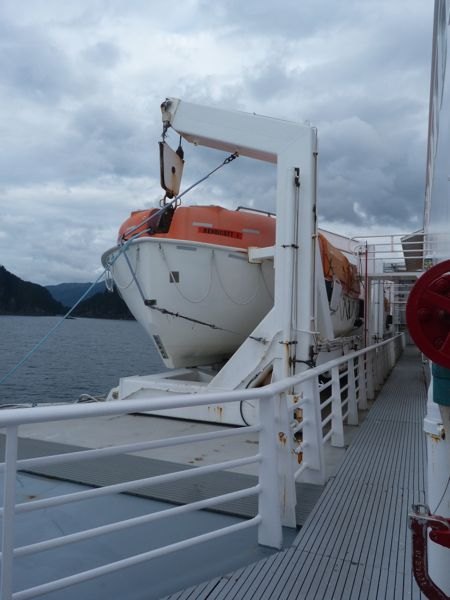 00Lifeboat