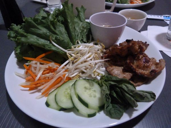 00LettuceWrapsWithCambodianChicken