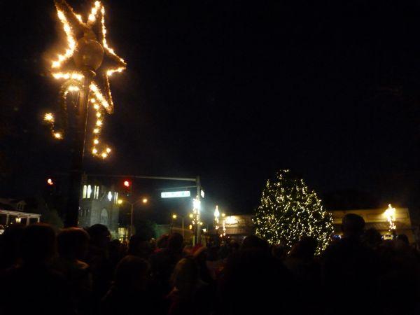 When Is 2021 Pensacola Christmas Parade Cox Pensacola Christmas Parade Here There And Everywhere