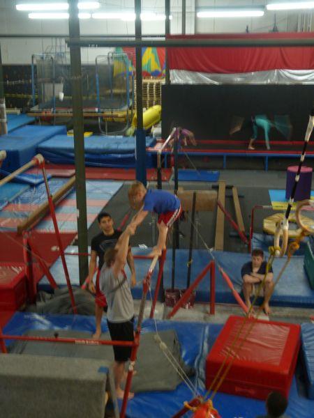 00Gymnastics