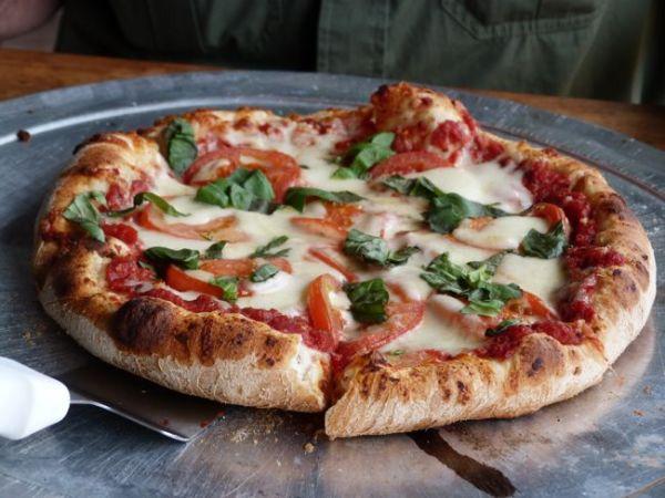 00Adventureman'sPizza