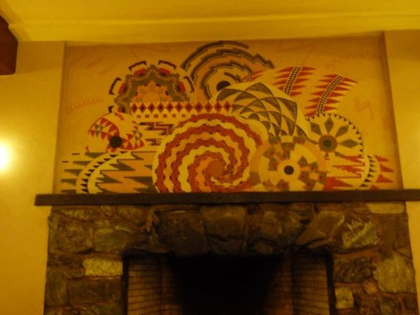 00NativeAppliqueOverFireplace