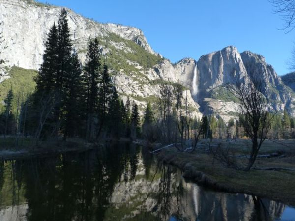 00YosemiteFallsFromBridge