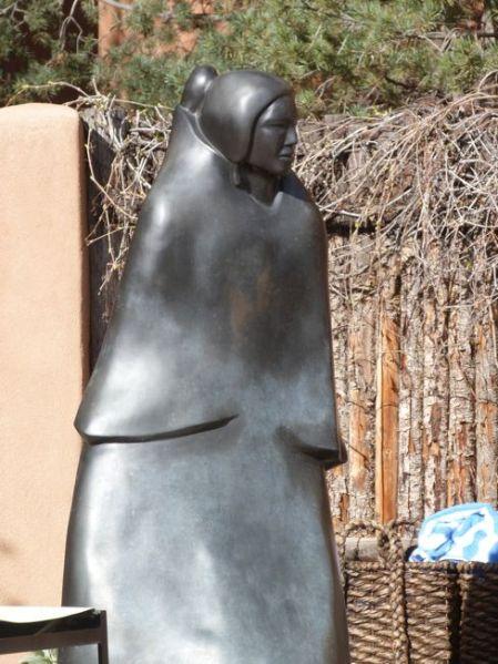 00SFPoolSculpture