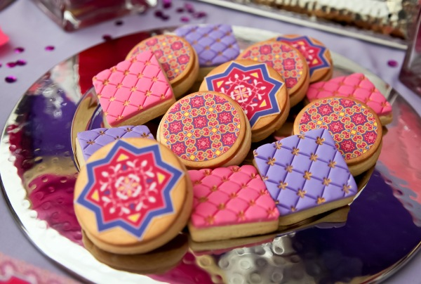 14-Bollywood-Birthday-Cake-Designs-12
