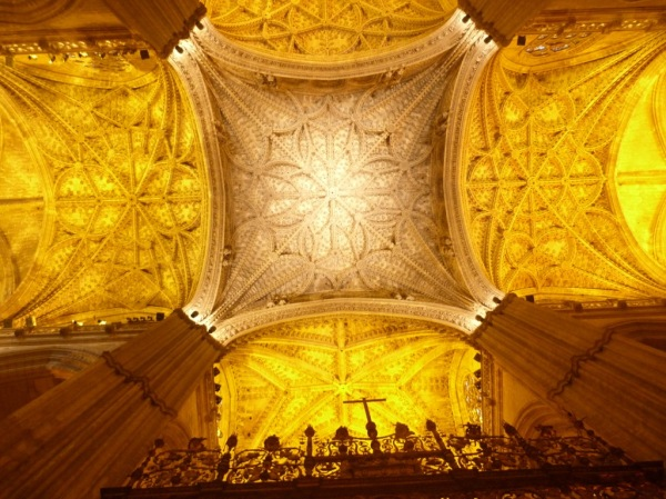 SevilleCathedralCeiling