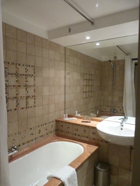MeridienBathroom