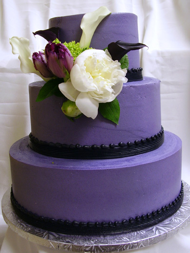 purple-wedding-cake
