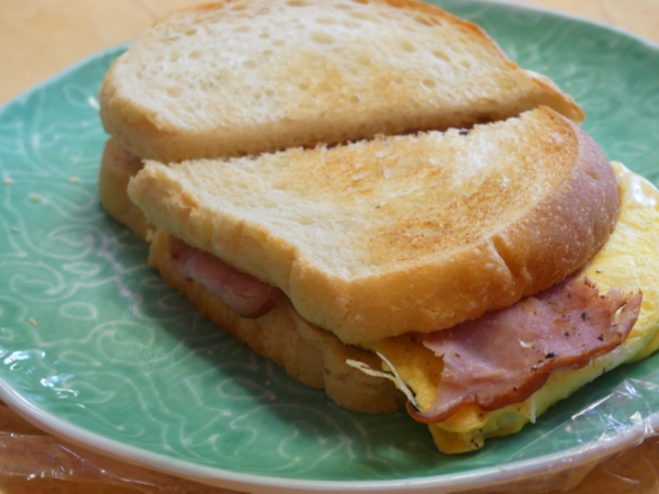 TumbleweedBreakfastSandwich